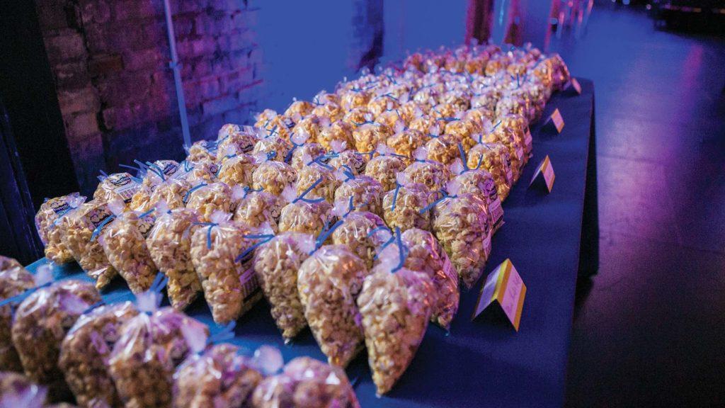 PoppedCorn_0002_Popcorn-bar